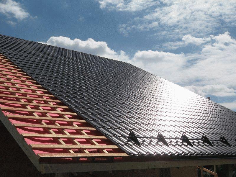 Как крыть крышу металлопрофилем