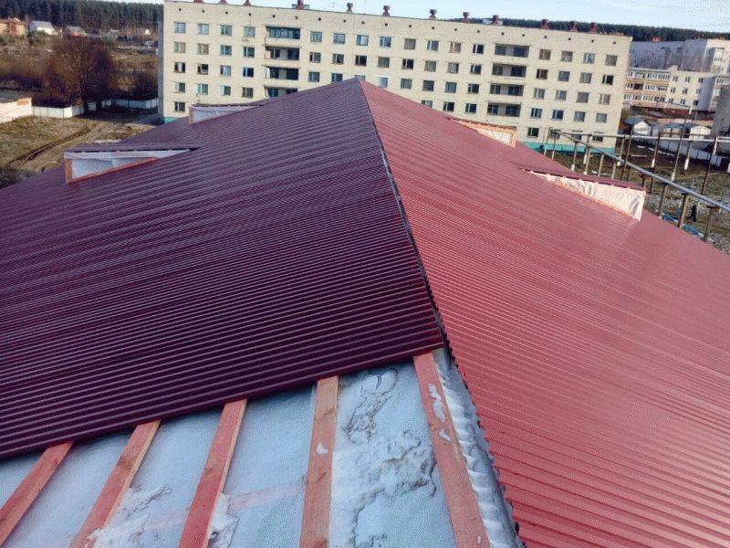 Вентиляция холодного чердака вальмовой крыши