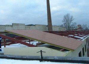 Крыша из сэндвич панели