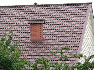 Дымоход на крыше из металлочерепицы