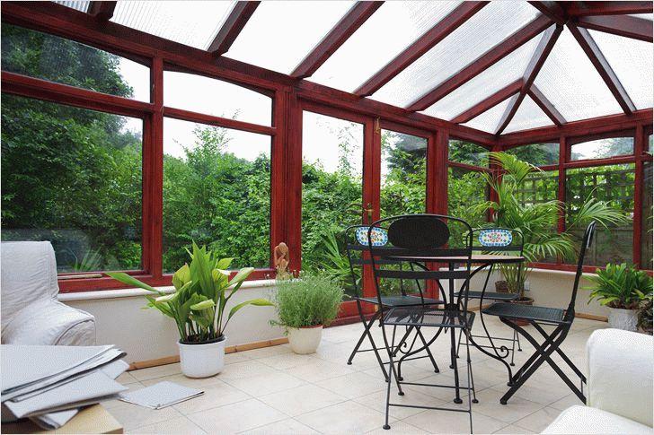 Дом со стеклянной крышей