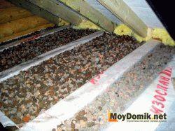 Утепление чердака в доме с холодной крышей